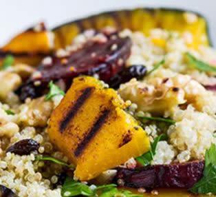 Ensalada de quinua y vegetales asados